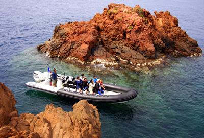 Le-bateau-taksea-saint-raphael-sortie-en-mer